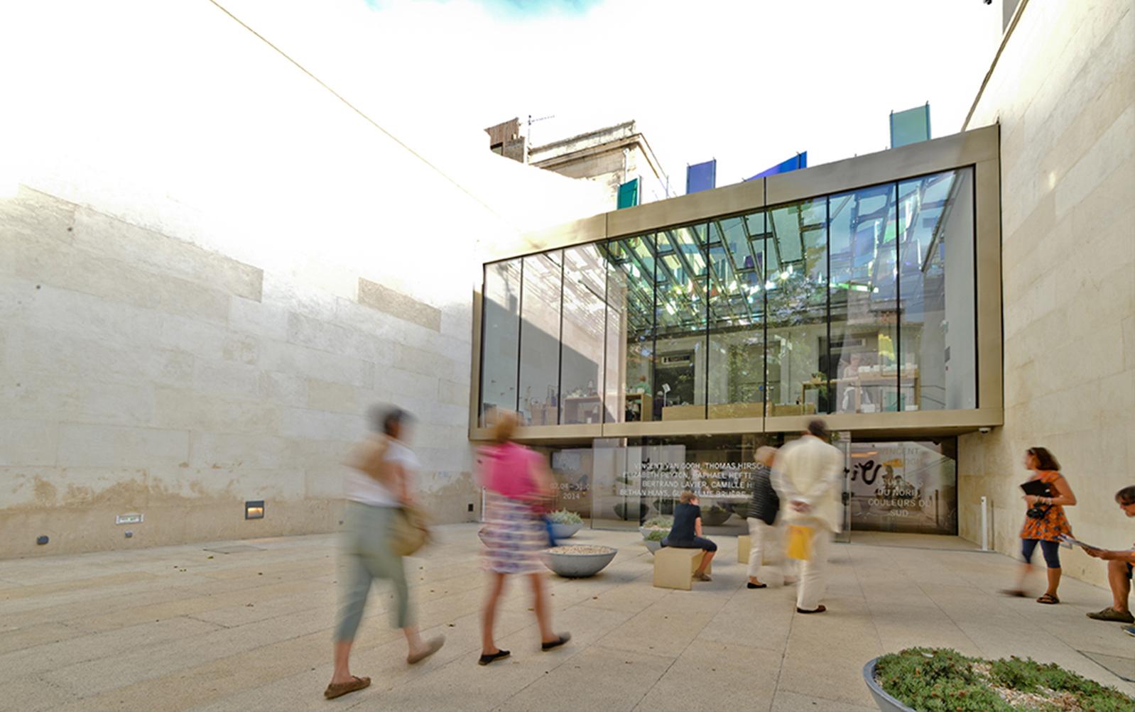 Entree-Fondation-Vincent-Van-Gogh-Arles