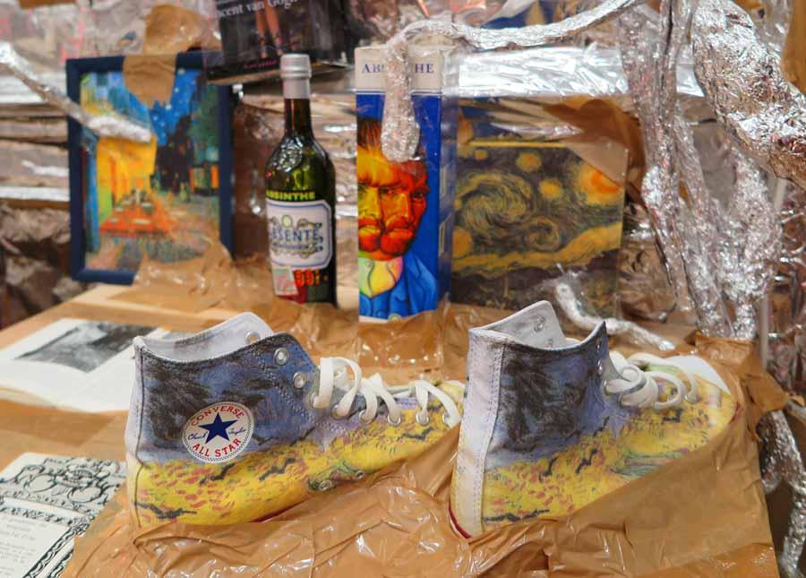 van-gogh-silver-room-sneakers